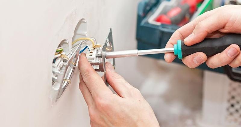 монтаж на ел ключове и контакти в софия